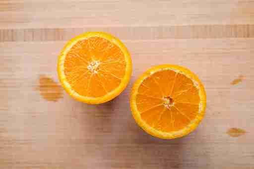 vitamin c in oranges