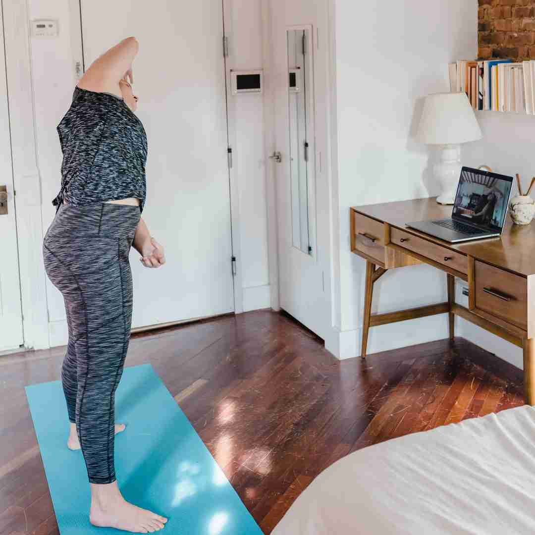 ways to feel connected during lockdown online workout 2