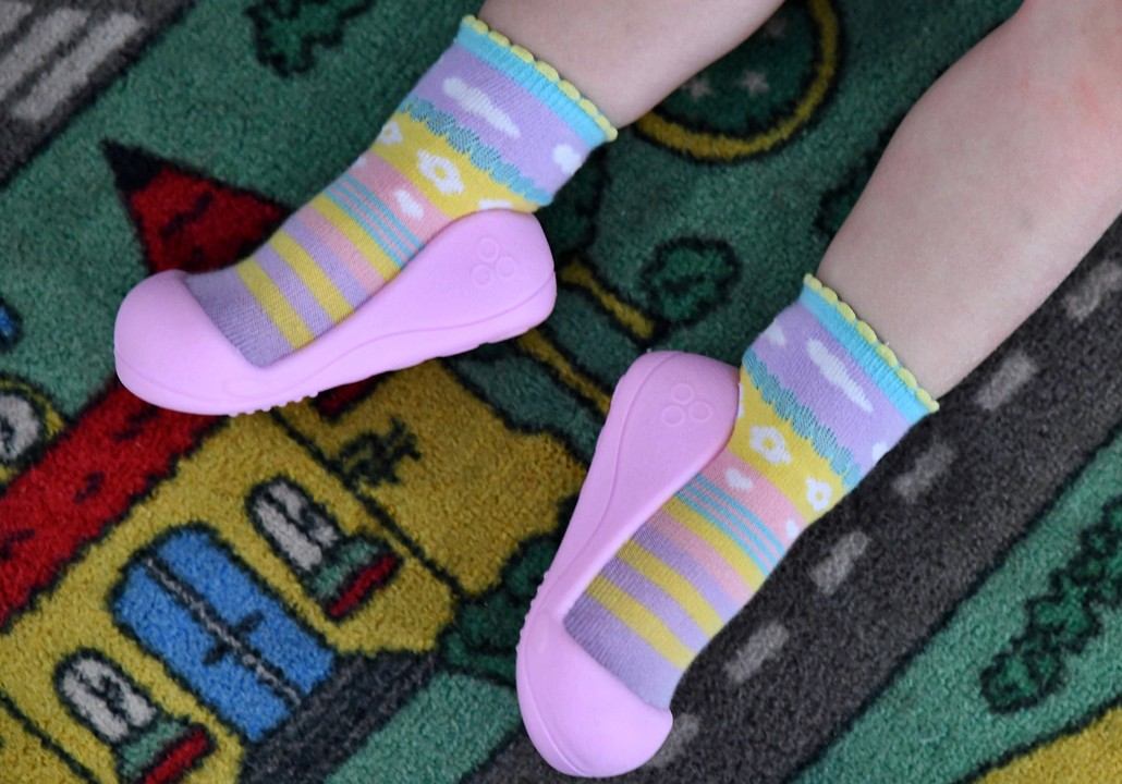 Attipas baby shoes in Attibebe Pink