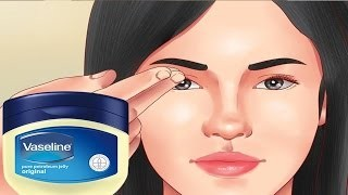 vaseline application before the eyelash tinting