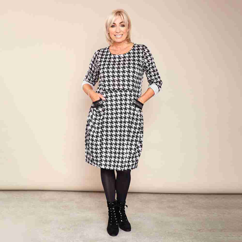 Kate Houndstooth Dress(Black)