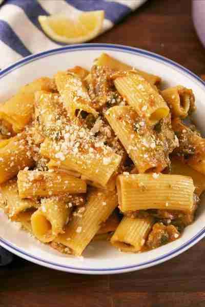 Megan Markle's Zucchini Bolognese