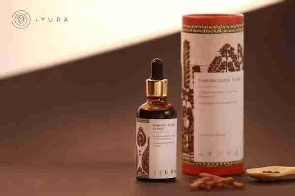 Ayurveda's most potent pm Glow Oil - iYURA Manjish Glow Elixir