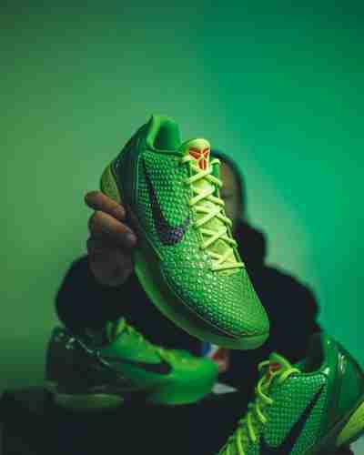 Nike Kobe 6 Grinch 2021
