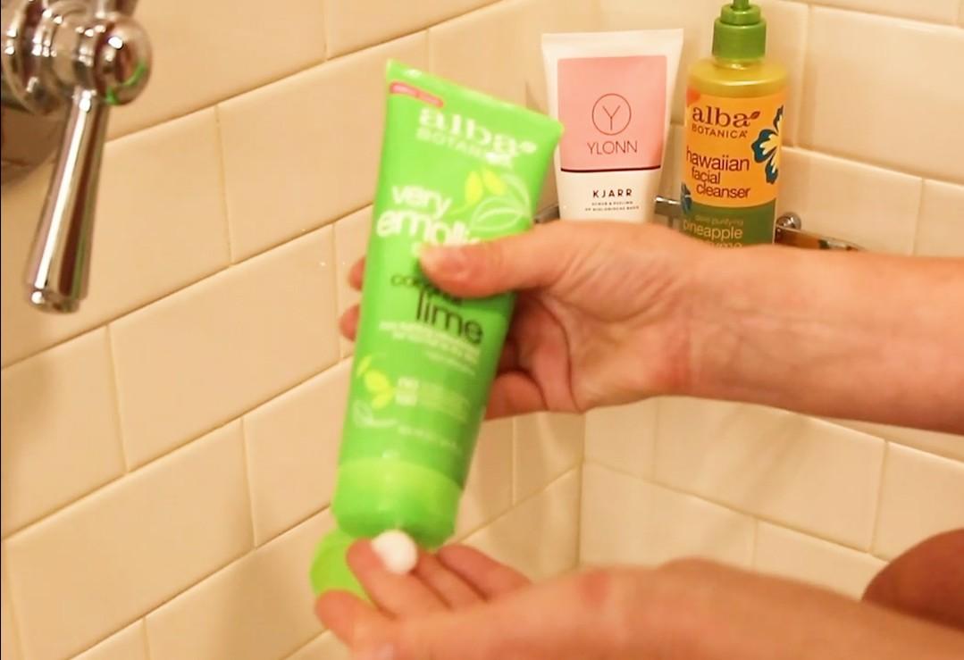 Onder de douche scheren