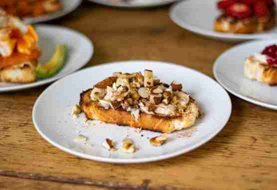 Healthy Toast Toppings - Banana's, Nuts and Maple Syrup