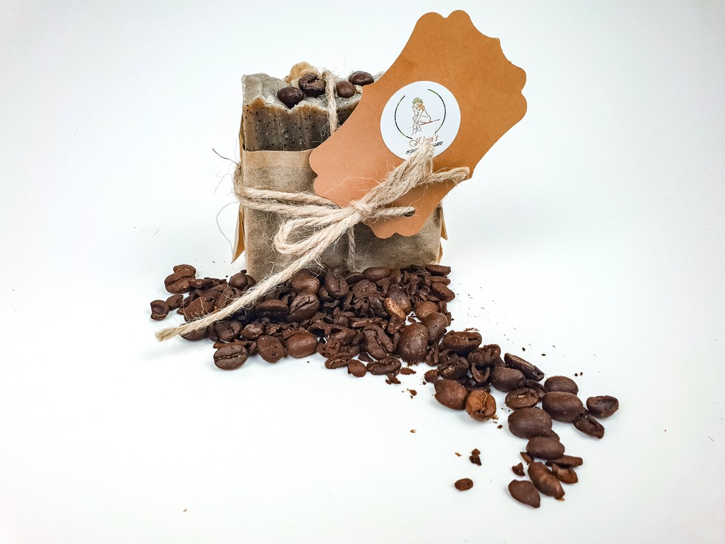 hand made soap infused with coffee & peppermint