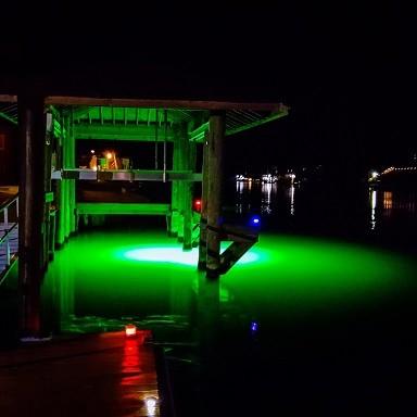 LED-Underwater-Dock-Lights-Green