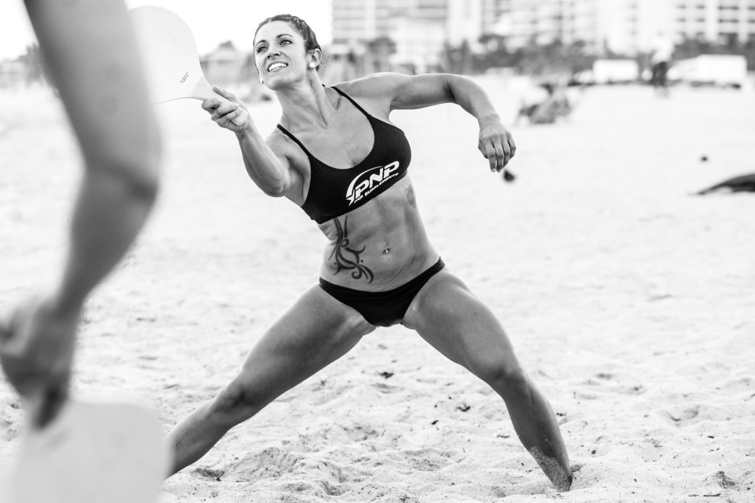 CrossFit athlete Alyssa Christian workout barefoot at the beach.