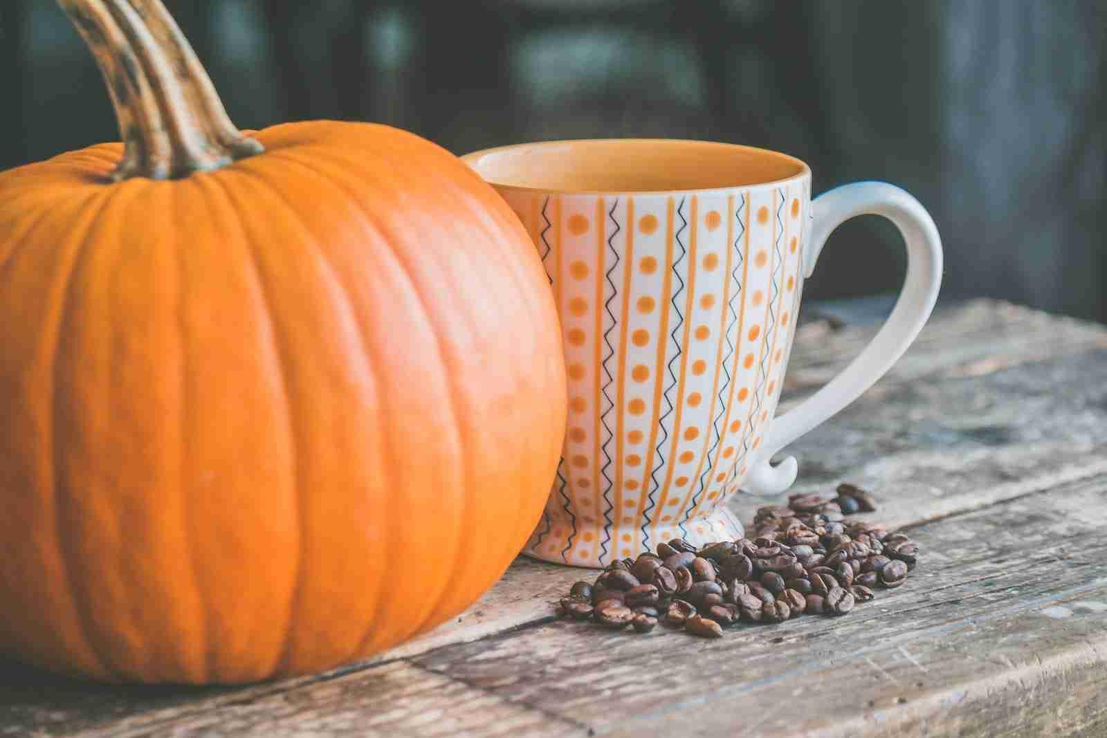 pumpkin spice coffee fall