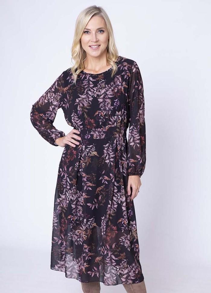 Floral Print Pleat Dress in Black