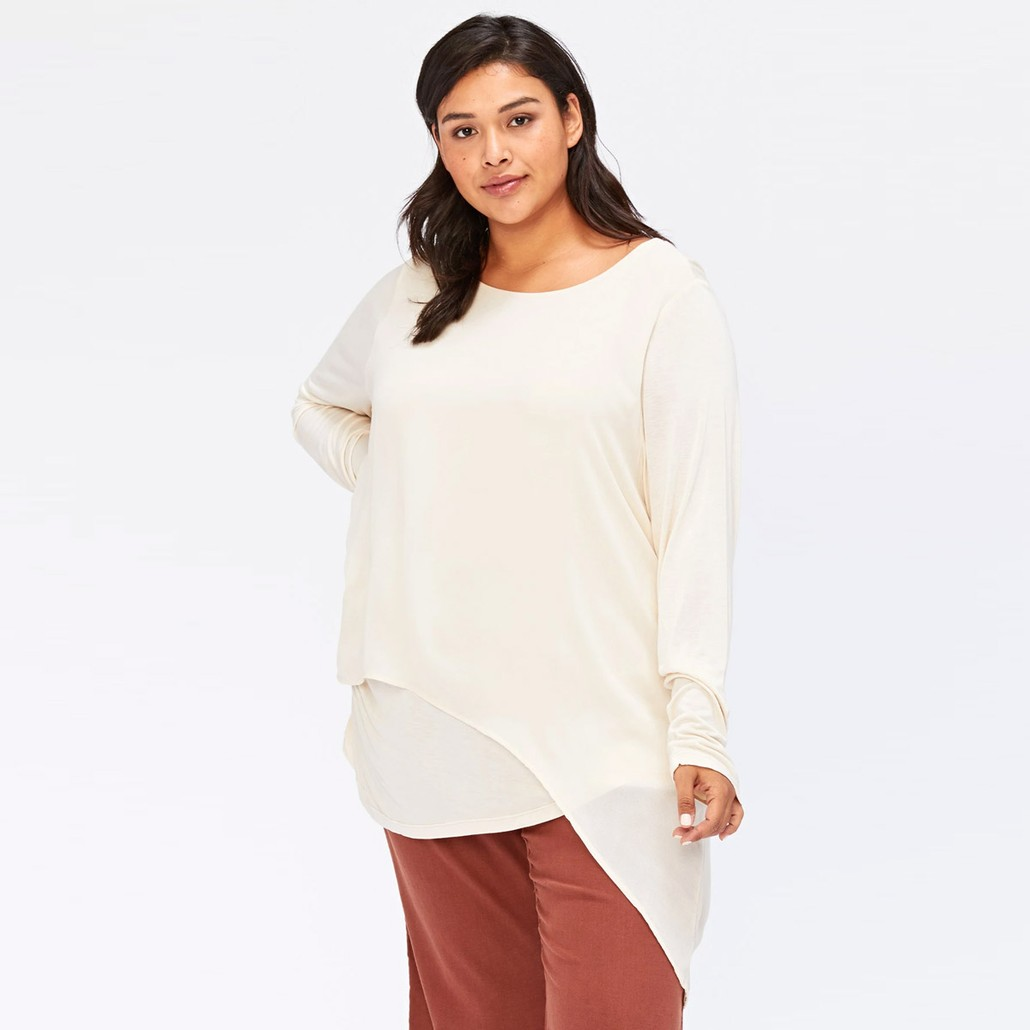 Castillo Top in Toasted Almond