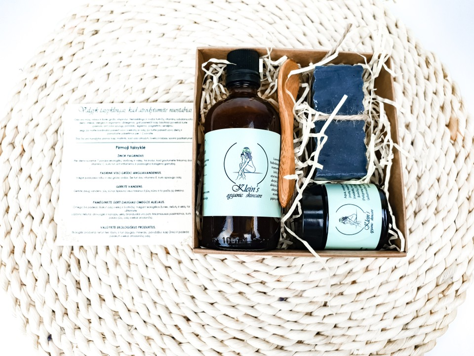 image of Acne Buddy treatment kit and regime