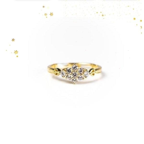 Sarah Snowflake 18K Gold Vermeil Dainty Ring