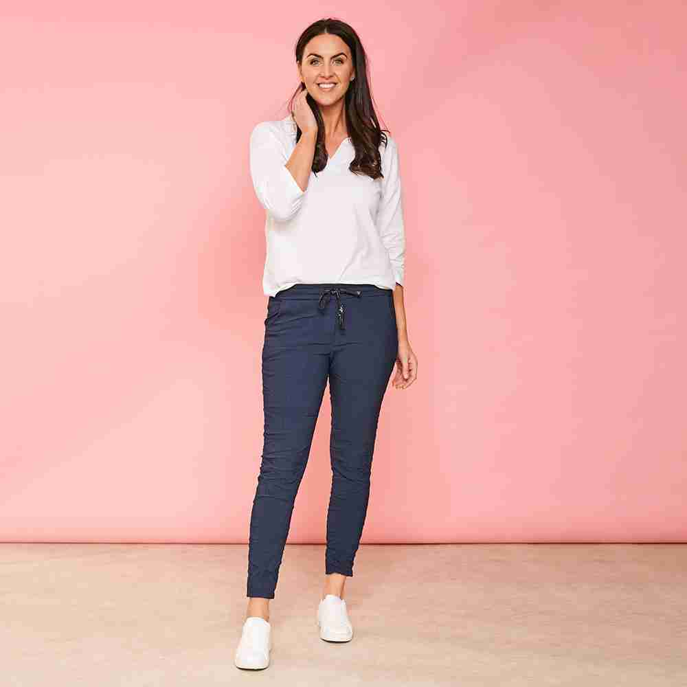 Sia Relaxed Stretch Jogger (Navy)