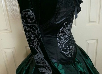 the new unique screen printed corset inspired by slytherin fandom