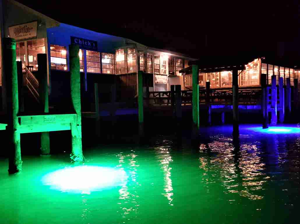 Underwater-led-dock-lights