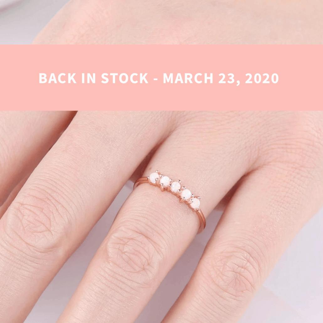 Samantha Simple Dots 5 Opal Ring