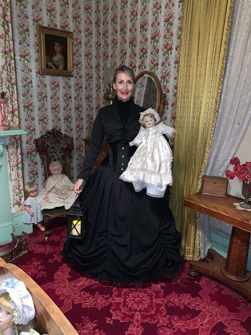 visit the Dolls Museum at spooky victorian house, Monte Cristo at Junee