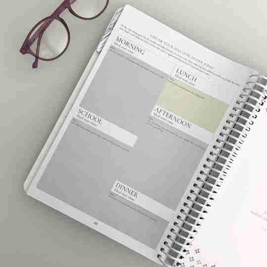 Organized homeschool planner daily schedule