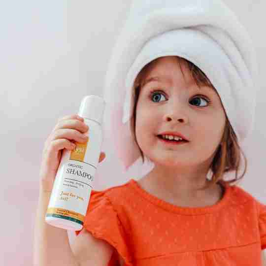 baby shampoo johnson and johnson safe product