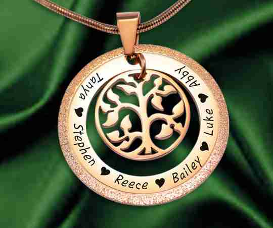 Sparkling my Family Tree Necklace