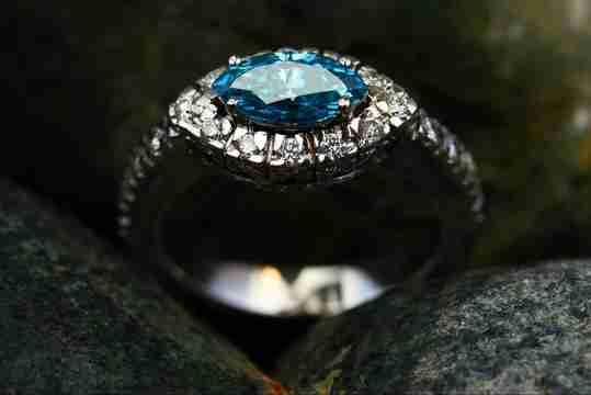 Vintage blue diamond ring