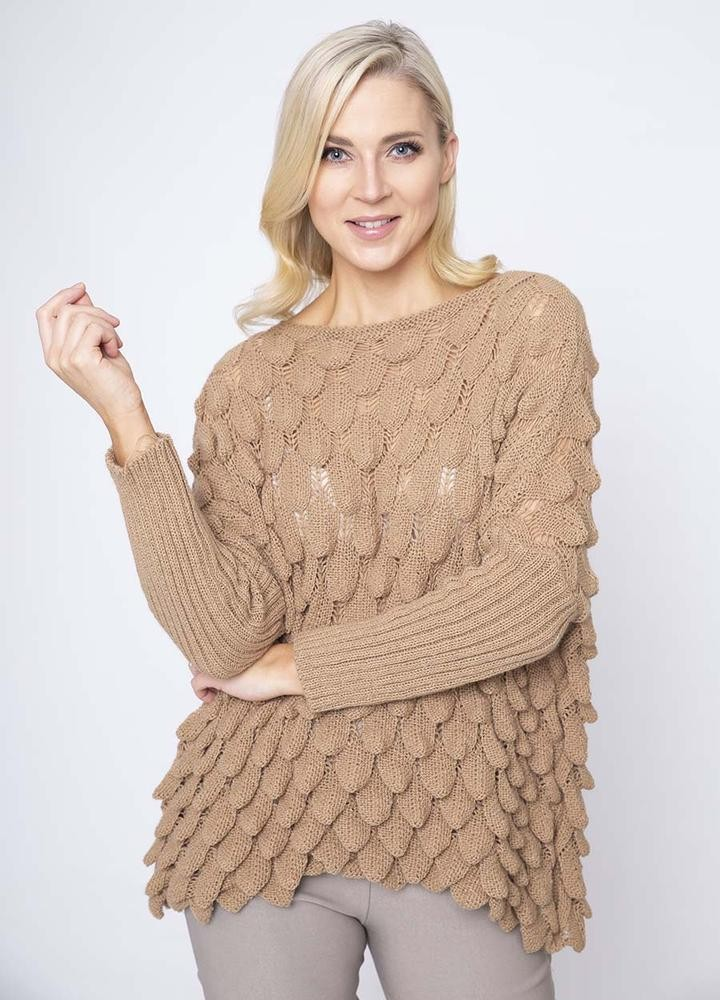 Wave Chunky Jumper in Camel