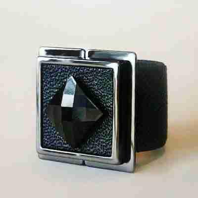 Treasure Scarf Lock - Lock and Shine