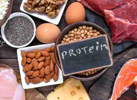 Protein to build muscle naturally.