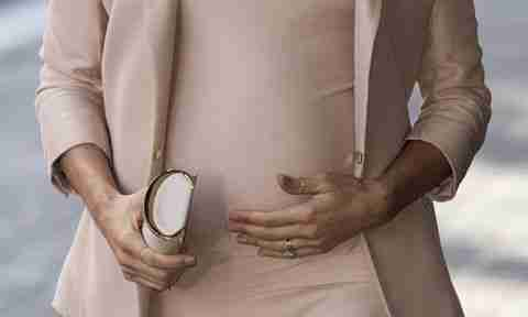 Meghan Markle wearing a thumb ring
