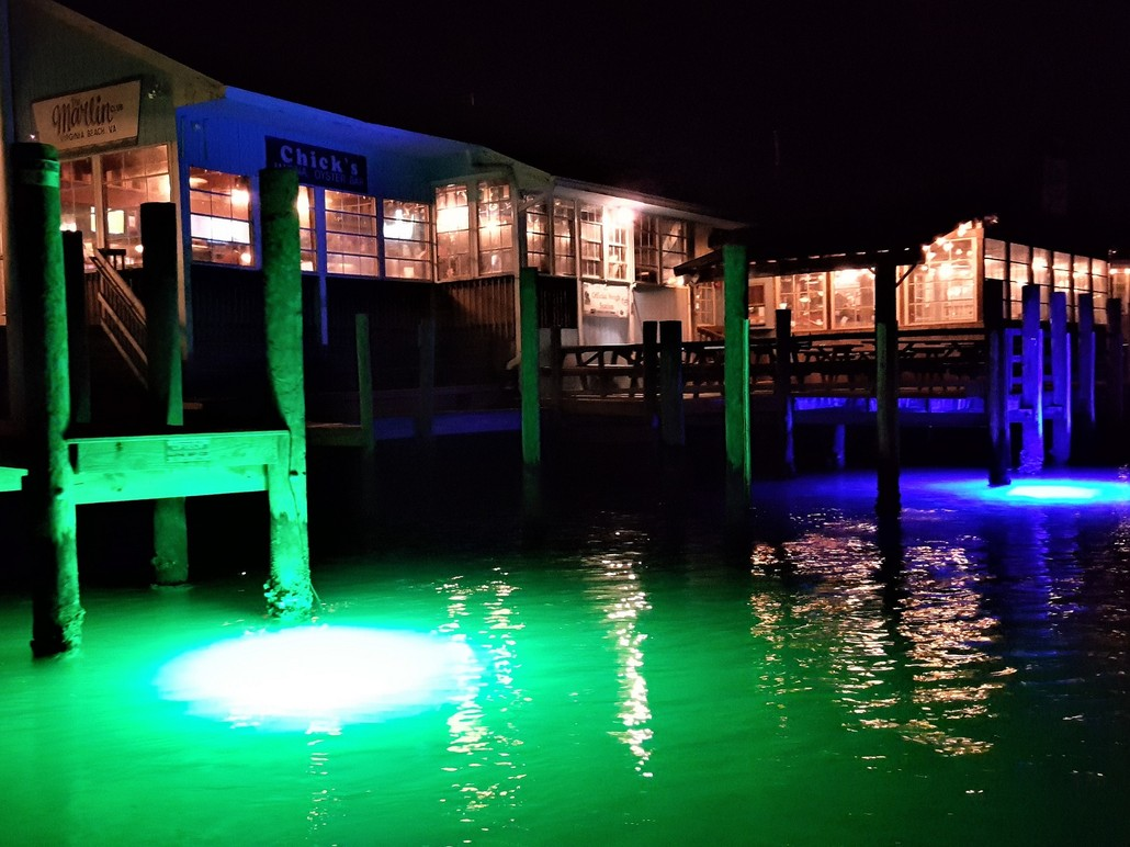 Underwater-led-dock-lights