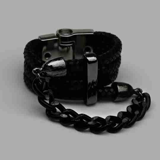 Linked Scarf Lock