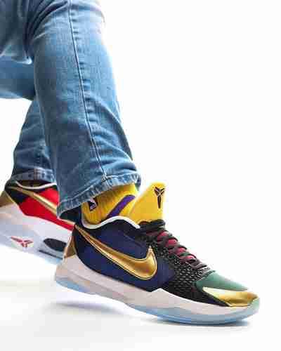 Undefeated x Nike Kobe 5