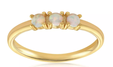 Blush & Bar Simple Dots 3 Opal Ring in Gold