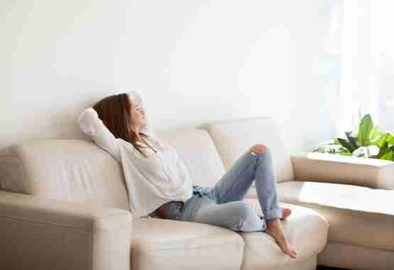 Je relaxed en gelukkig voelen door meditatie.