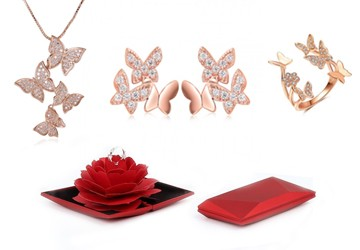 spirit-adjustable-butterfly-ring-with-red-rose-box