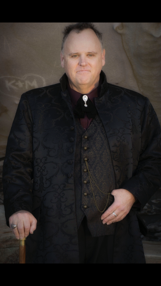 David gothic victorian steampunk mature male model for photographers and Photography Clubs wearing Gallery Serpentine