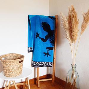 Très grand choix de serviettes de plage éponge velours Jacquard Le Comptoir de la plage