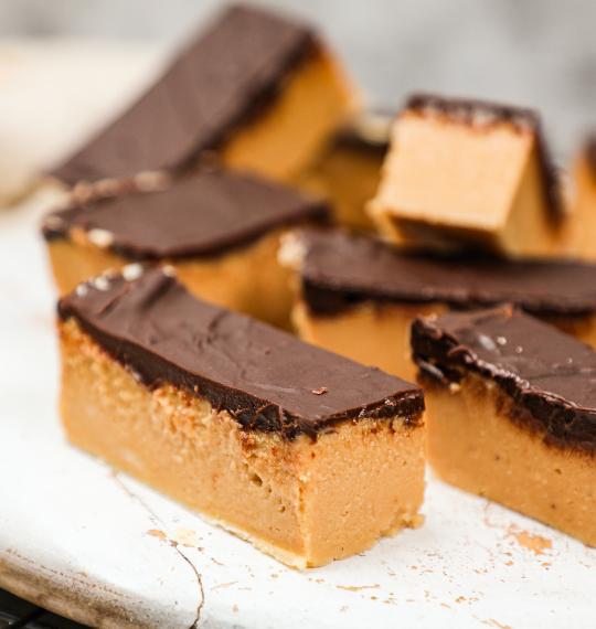 No Bake Keto Peanut Butter Bars Recipe_Main