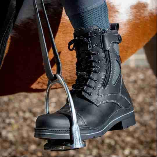 Kentucky Jodhpur boots in black