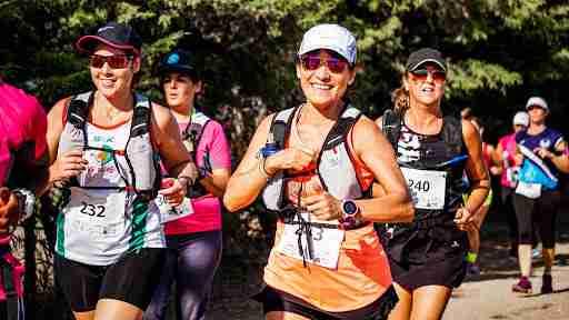 woman running a marathon