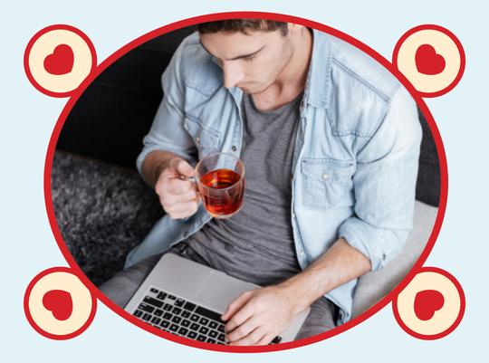 rooibos rocks man drinking rooibos tea with laptop