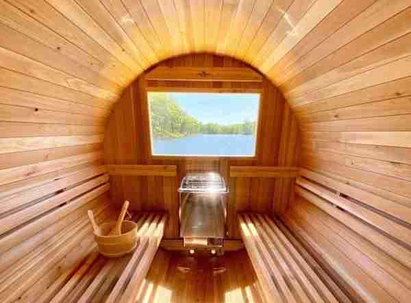 Image of a Barrel Sauna with Vista Window