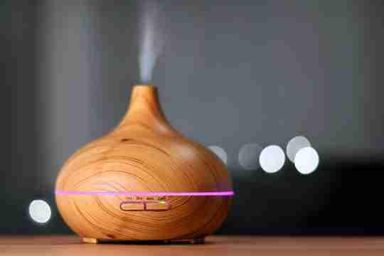 image of diffuser using essential oils