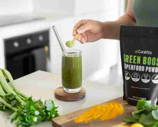 green juice with turmeric