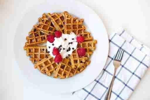 Pumpkin Protein Kodak Waffles healthy macro friendly breakfast sweet treat