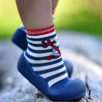 Attipas baby shoes in Marine Red