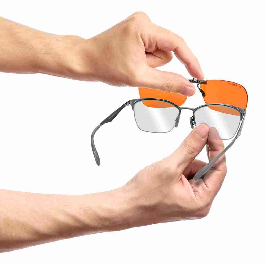 Clips onto glasses